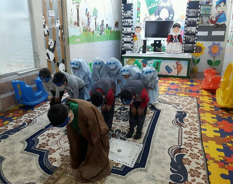 آموزش نماز به نوگلان در پیش دبستانی